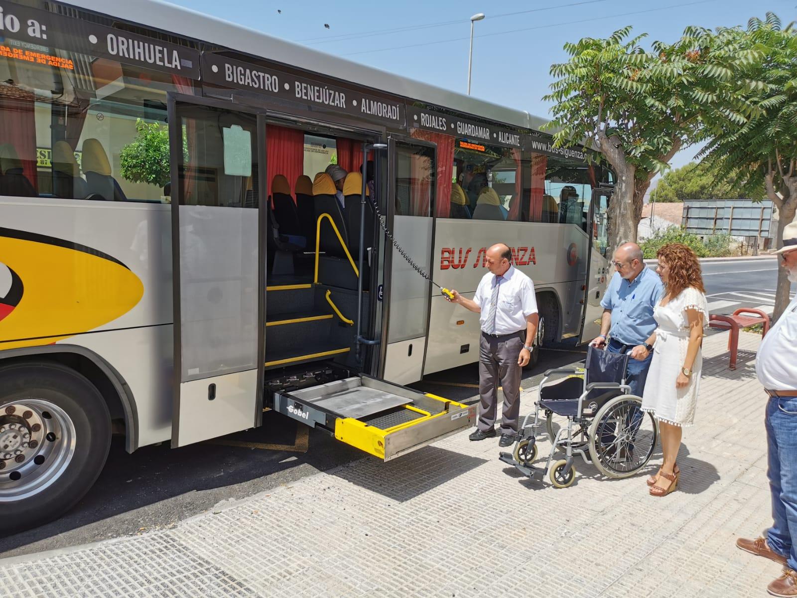 Benejuzar autobús f01