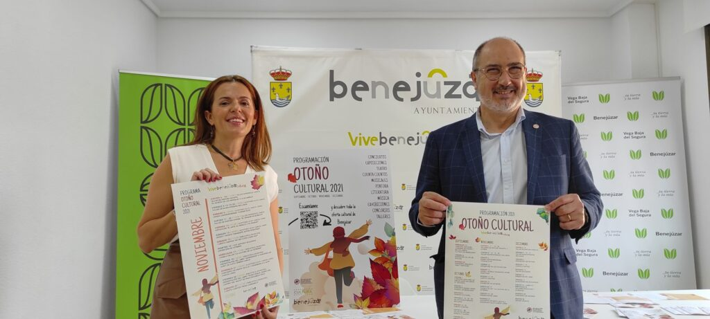 Rosa García y Miguel López presentación Otoño Cultural