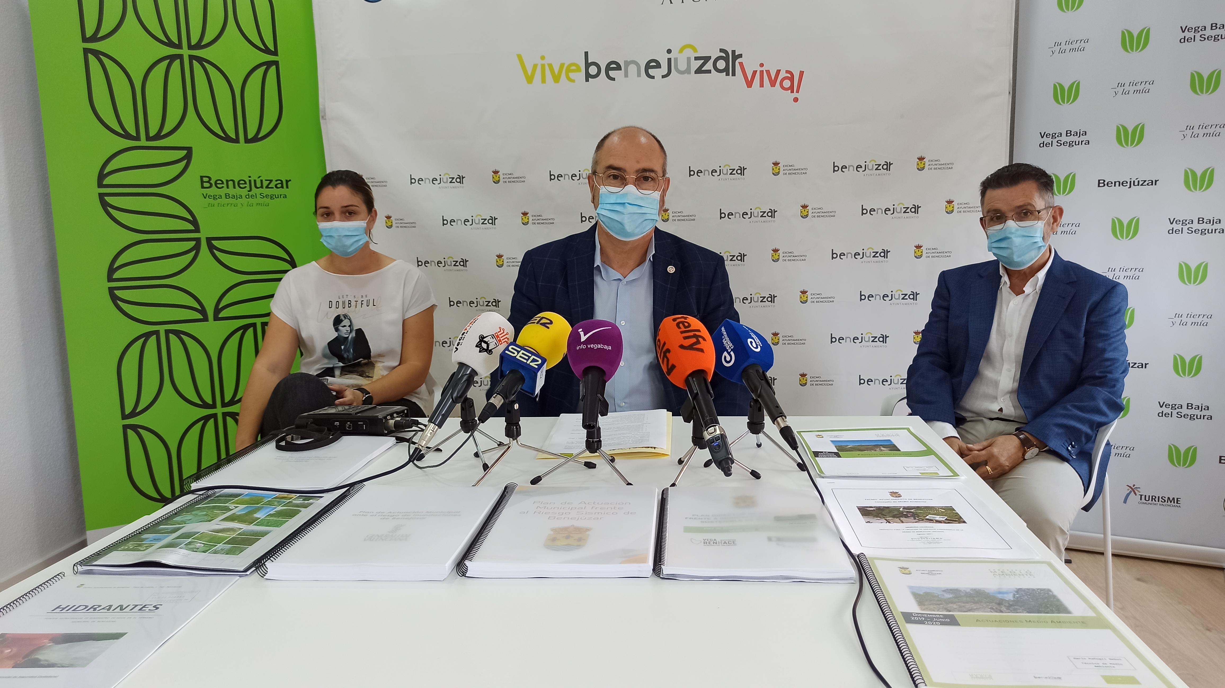 Foto del alcalde, Miguel López